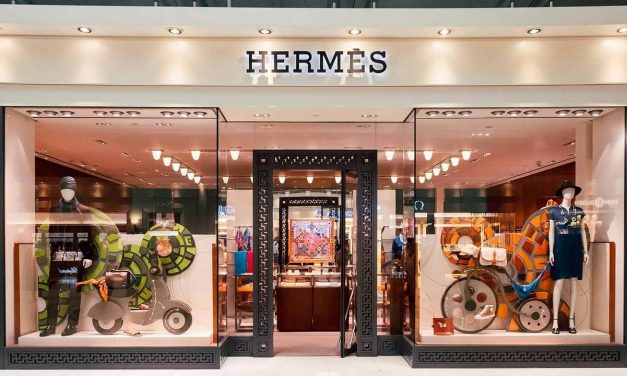 Christmas Special: Why Every Lady Needs an Hermès