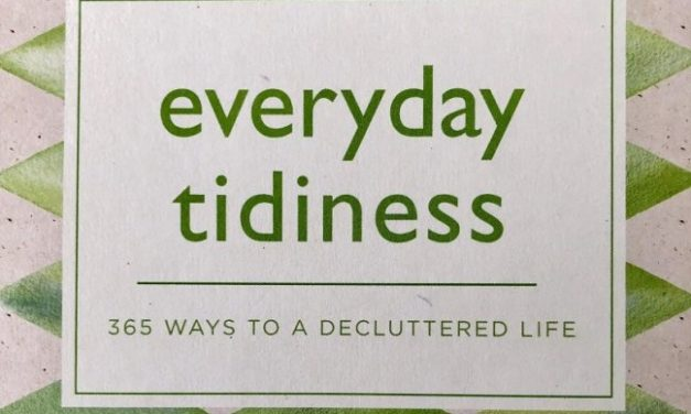 Book Review: Everyday Tidiness – 365 Ways to a Decluttered Life