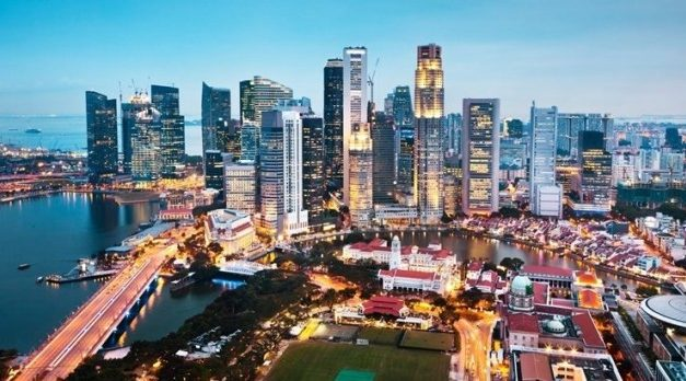 Where to invest S$10,000 in Singapore right now?
