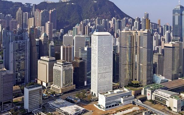 HongKong Land – Good investment at 67% discount to book?