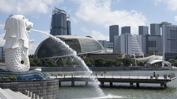 Where would I invest $100,000 in Singapore right now?  (2020)