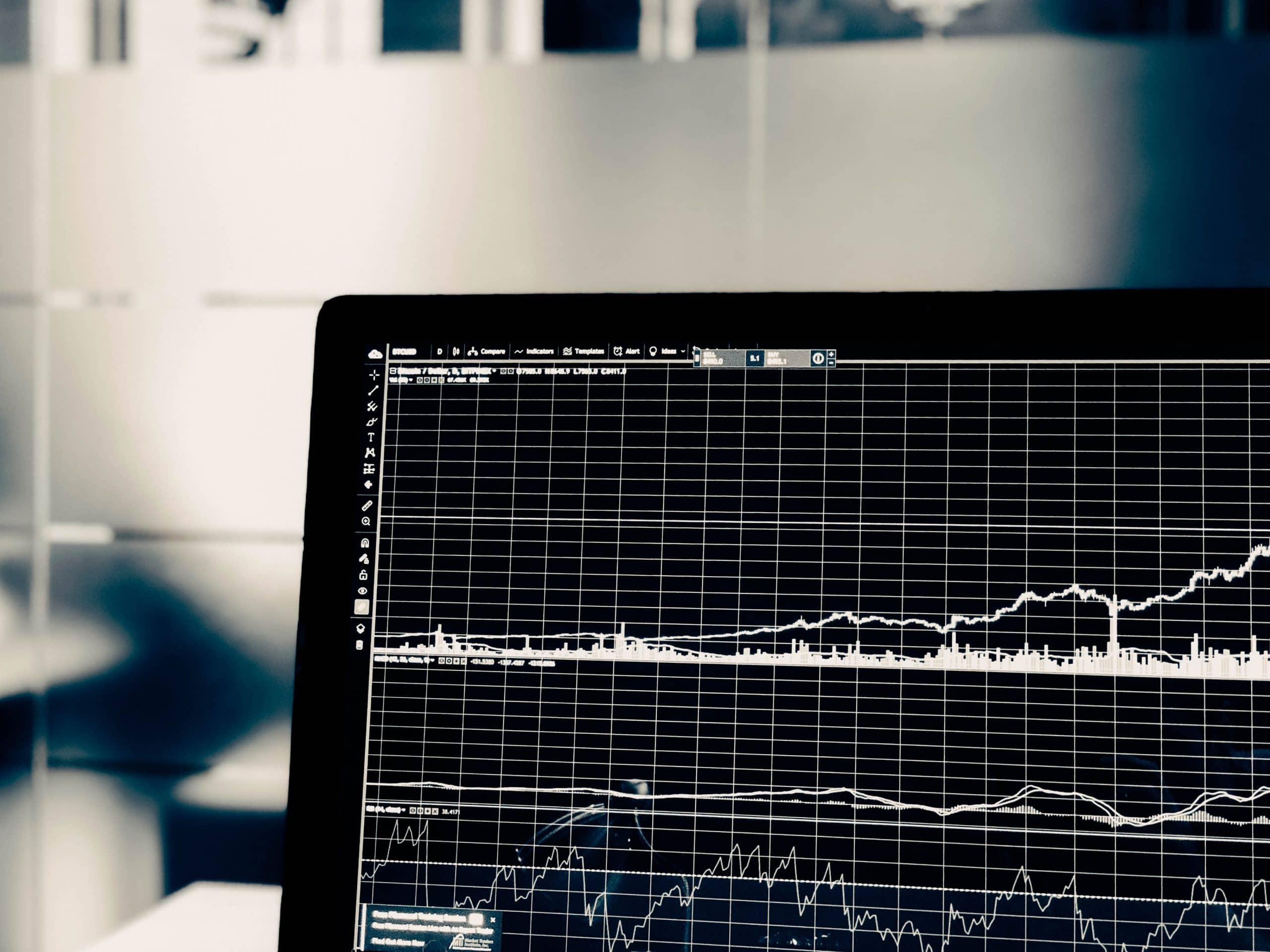 Why going through a market downturn early in your career is one of the best lessons ever
