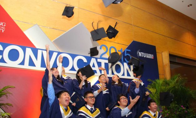 Highest Paid Fresh Grads in Singapore? 2021 Salary Ranking!